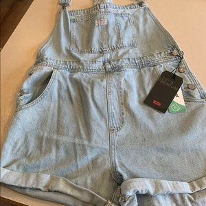 Levi's overall shorts